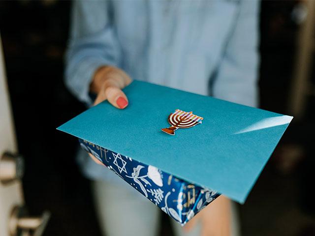 Pack-N-Mail-Plus-envelope
